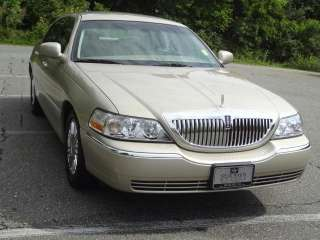 Lincoln  Town Car Signature Li in Lincoln   Motors