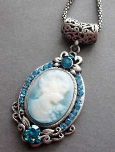 Blue Crystal Alloy Metal Cameo Beauty Pendant Necklace