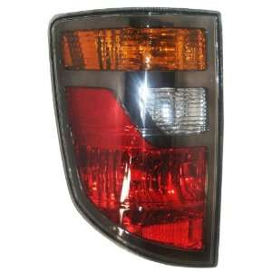 OE Replacement Honda Ridgeline Driver Side Taillight Lens