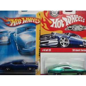 Hot Wheels Ford Torino Variant Set 70 Modern Classics 40th Ann. Card