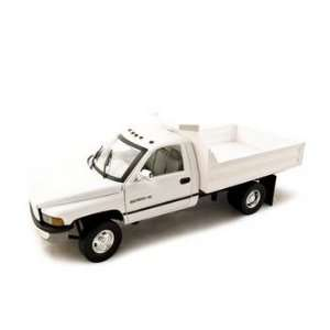 Dodge Ram 3500 Dump Truck White 118 Diecast Model Car Toys & Games