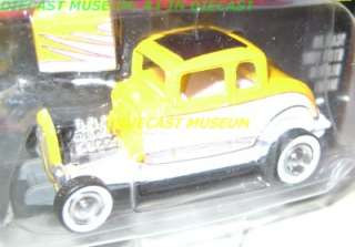 1932 32 FORD HIGHBOY RC HOT ROD MAGAZINE DIECAST